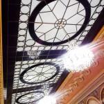 tavan ornamental din sticla sablata