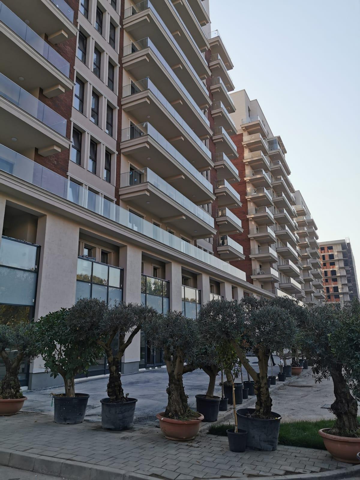balustrade sticla amenajari exterioare ansamblu rezidential